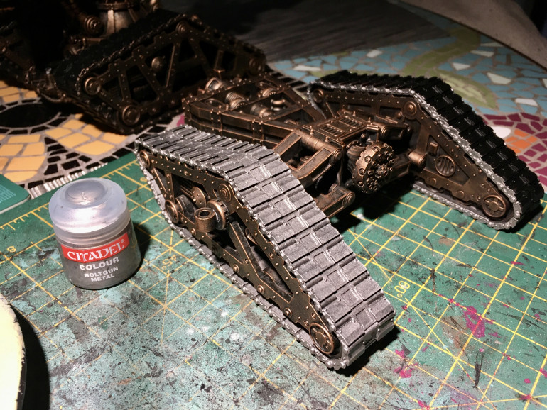 Getting the base colour on the tracks and weapons before the wash. Using the last few drops of my pot of boltgun metal.