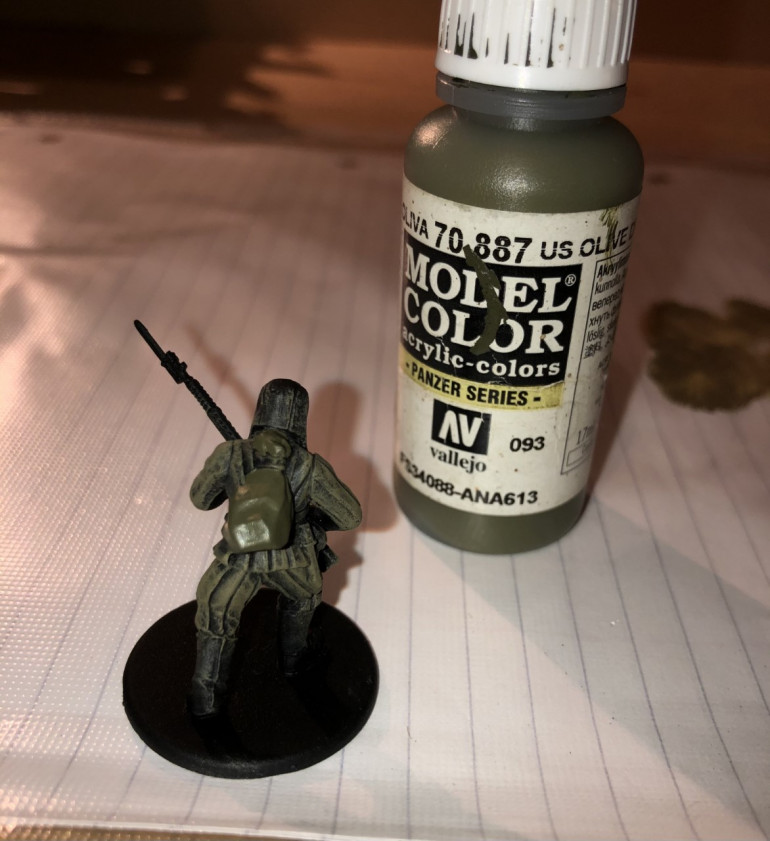 Step 3: Then I paint the backpacks and bedrolls US Olive Drab.