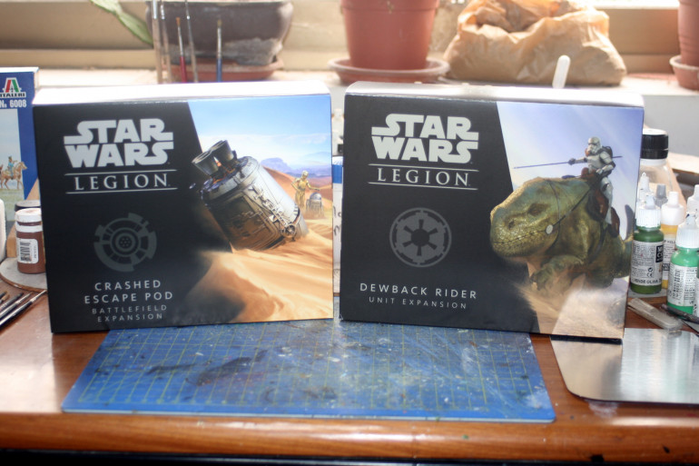 I also got a Imperial Stormtroopers Upgrade Expansion box.