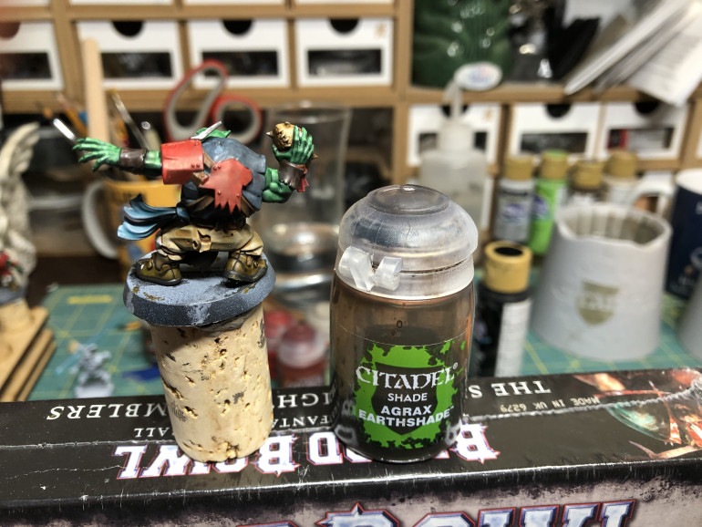 and a wash of Agrax Earthshade to the shoes, straps and wrist braces.