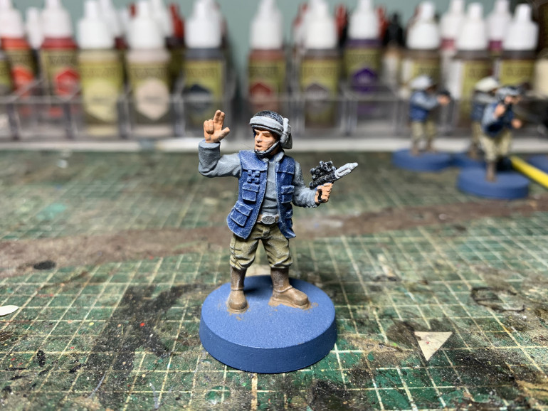 And here is the leader who should be in Khaki. I'm just going to repaint the clothes using Skeleton bone and some mid browns