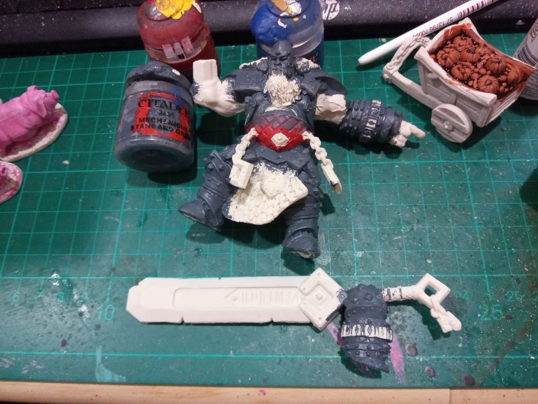 Ignore the Red I was testing something. The Armour will be made out of Stone and was base coated with Mechanicus Standard Grey