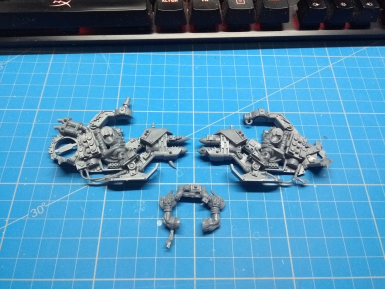 An Orc chopper... needs only a head and rotors. Heads I have many. Rotors not so much...