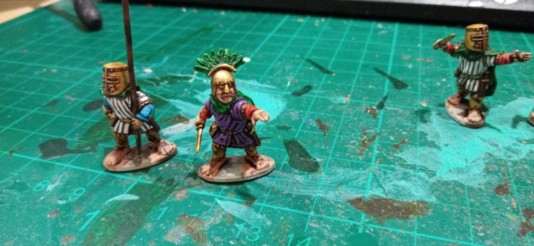 I went for a royal Purple for my General/Warlord/Prince/Leader. The Green is really the only colourful contrast I have but it worked well and fits the halflings