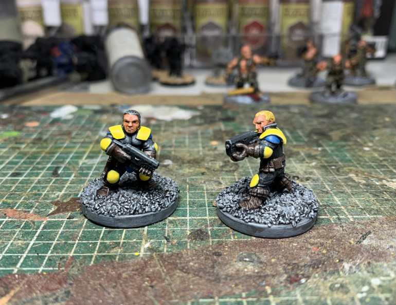 And they're done, short and sweet (excuse the pun) Really enjoyed painting them, in fact I may have just visited the website and ordered some more....