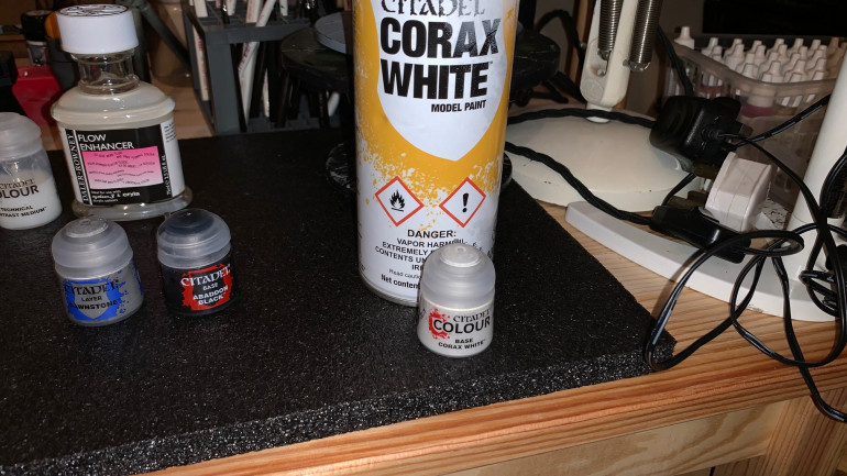 Based the clones in Corax White spray primer also in a pot to do some touch ups to fix errors