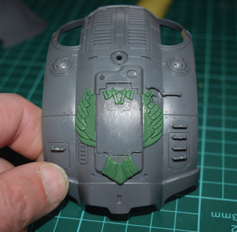 Adding the Household crest to the carapace armour...