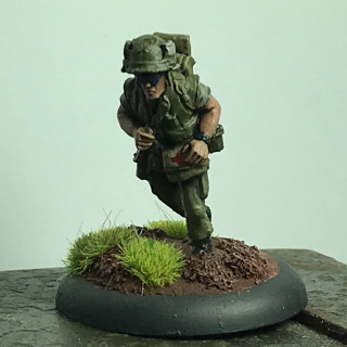 Empress miniatures marine medic and wounded soldiers