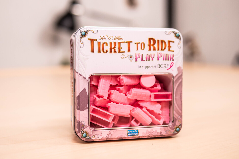 Play Pink Front
