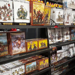 The Forge World Queue...and loads of stuff!