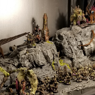 Gribbly, Oozy, Goozy Minis From The 40K Parade of Armies