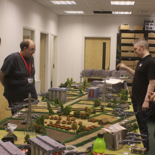 End Of Day(s) Games - Bringing Tanks, Choppers & Infantry Together